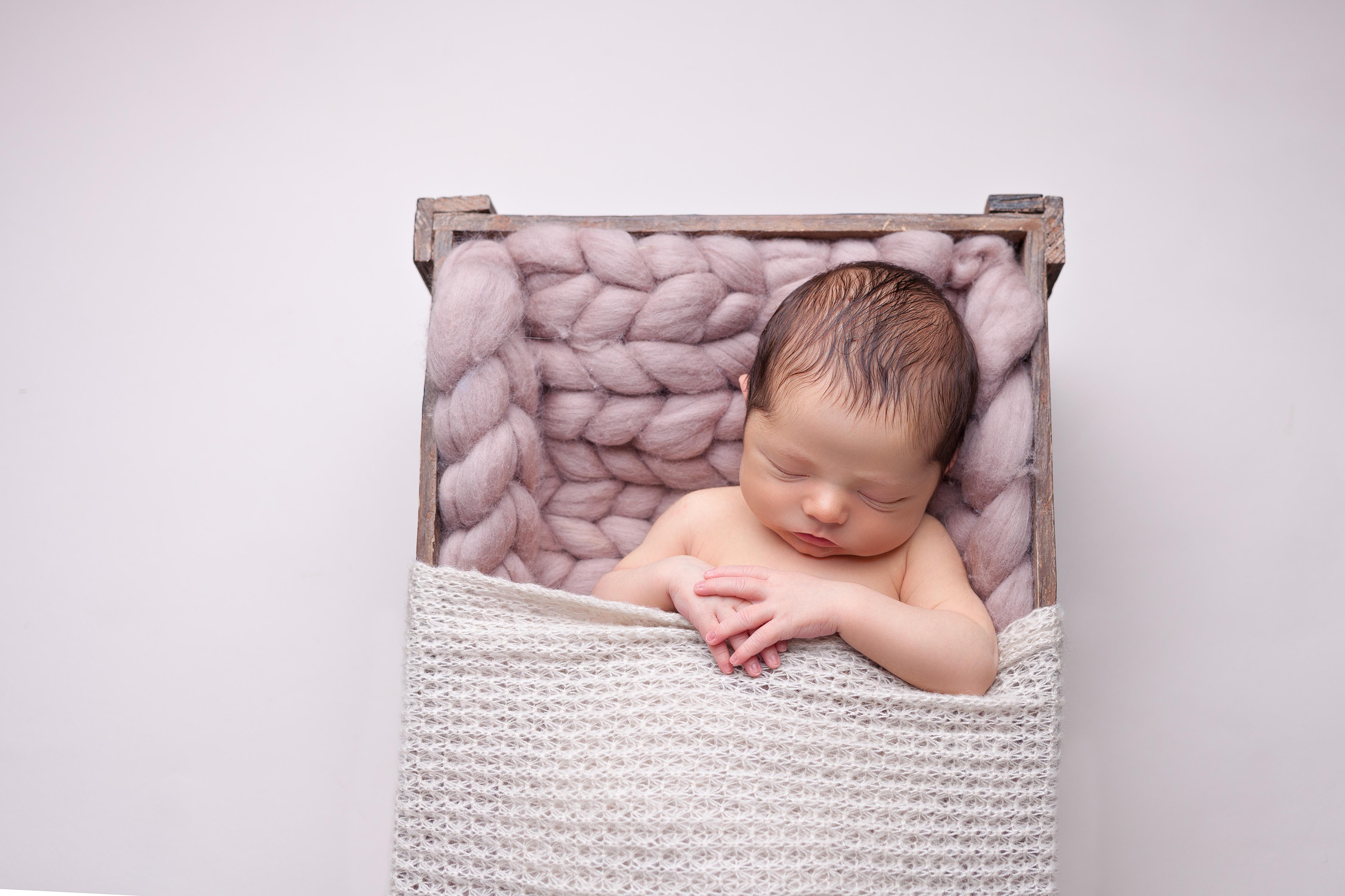 newborn baby photographer edinburgh-5