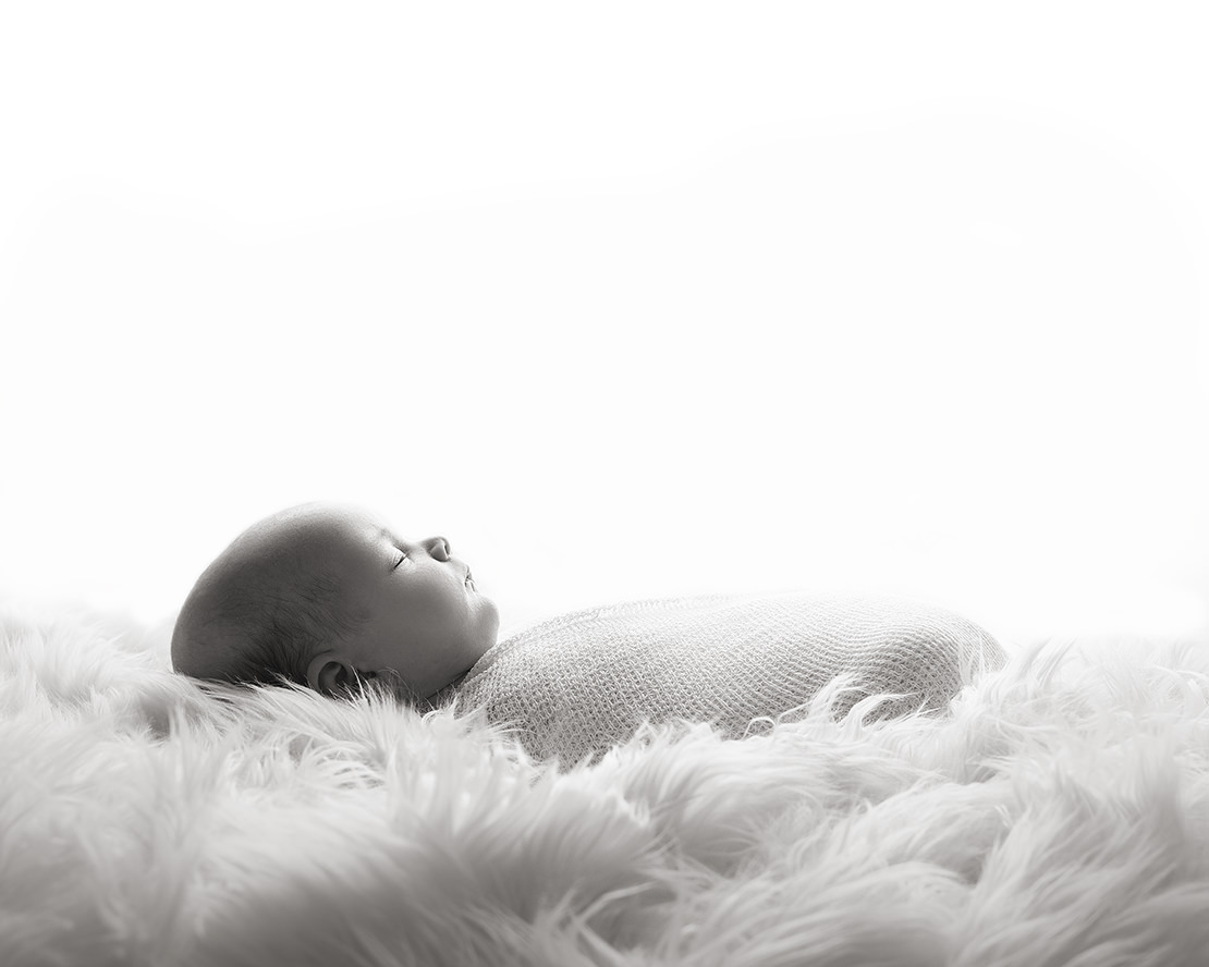 newborn photographer 2