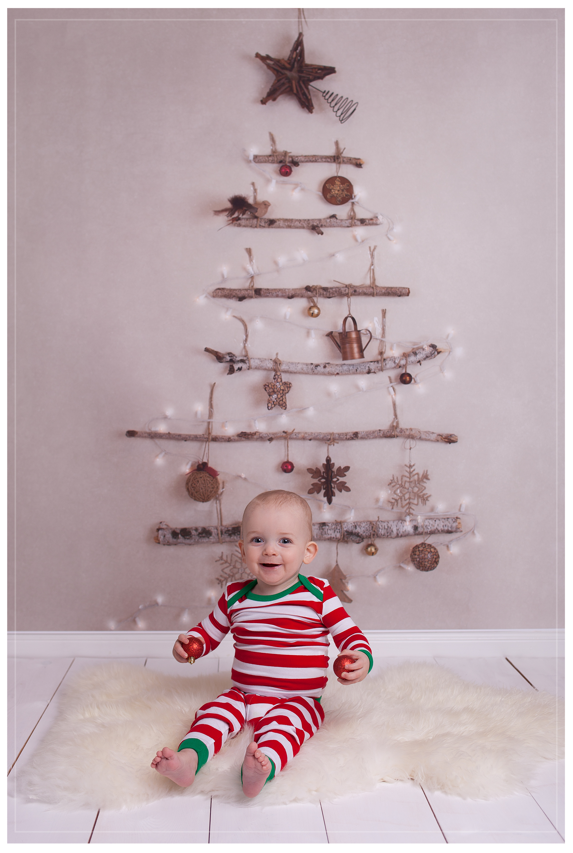 edinburgh christmas photos, edinburgh baby photos, edinburgh photographer, edinburgh newborn photographer, edinburgh kids photographer, baby photos edinburgh