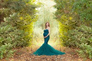 maternity photographer Edinburgh, professional maternity photo by Edinburgh photographer Beautiful Bairns