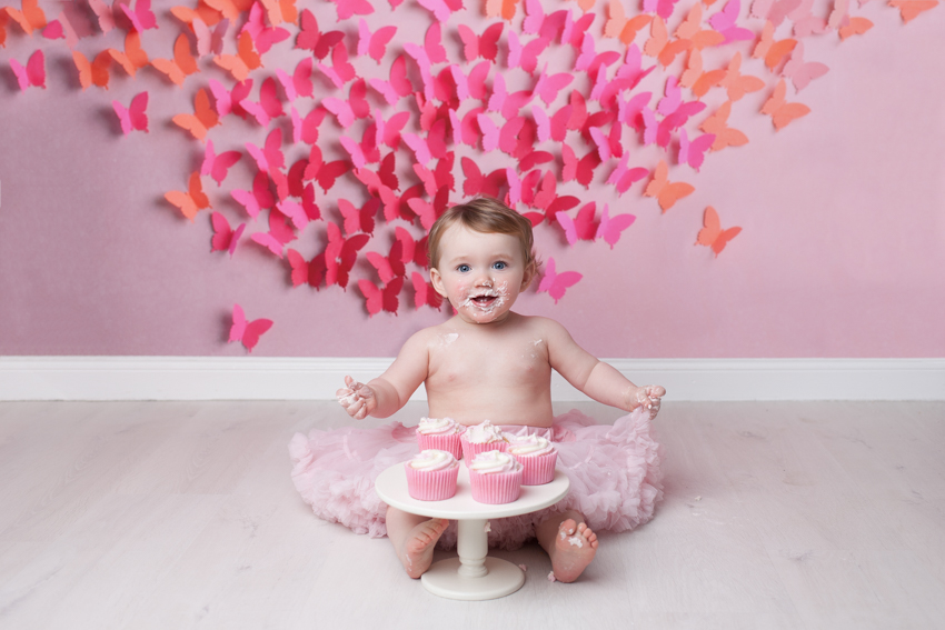cake smash photos, professional cake smash photo by Beautiful Bairns Photography, Edinburgh