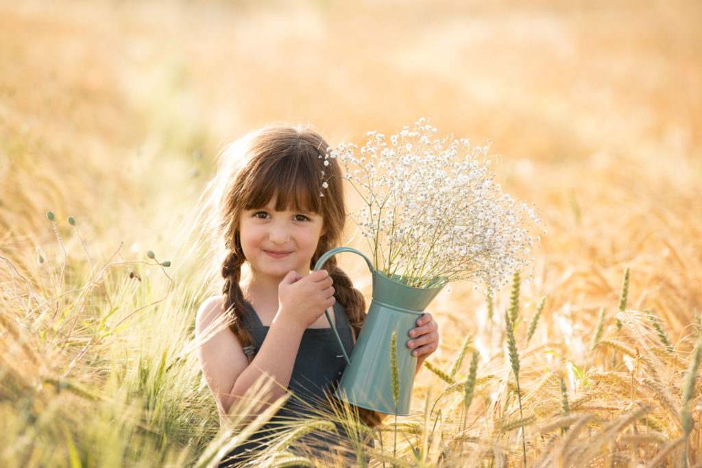 Choosing the perfect location for your outdoor family photoshoot in Edinburgh