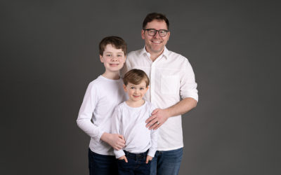Family portraits for reluctant dads