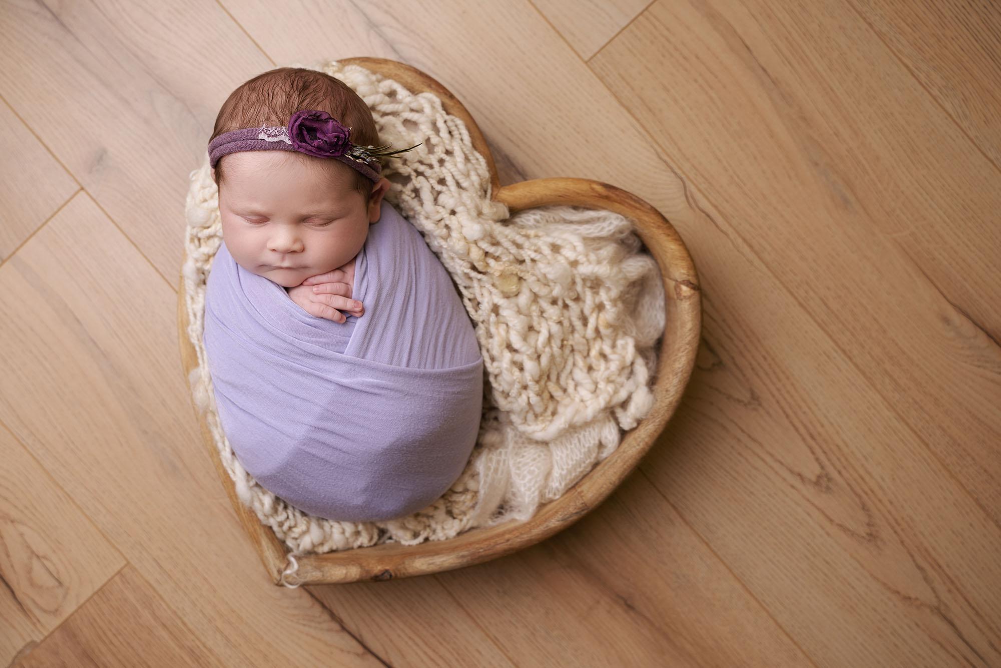 professional maternity photoshoot of pregnant woman by Edinburgh maternity photographer Beautiful Bairns Photography